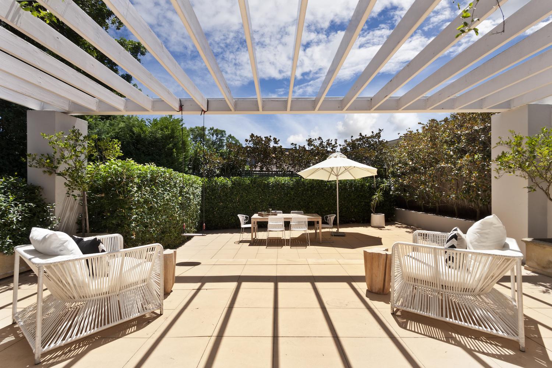 5 Ways to Create a Private Backyard Oasis   Portland ...